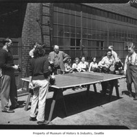 Kenworth_Employees_Playing_PingPong_1940s.jpeg
